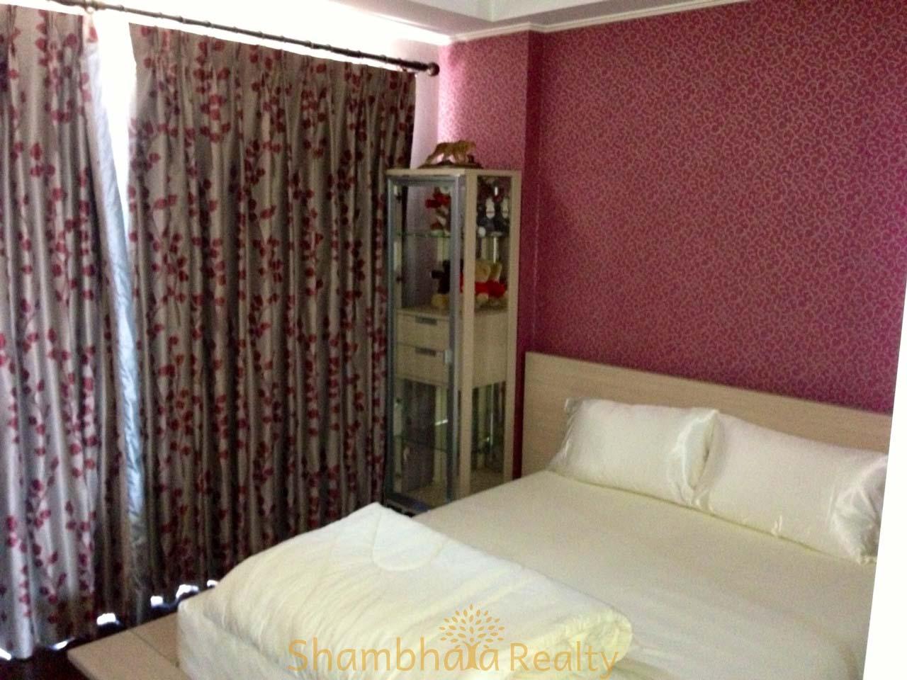 Shambhala Realty Agency's For Sale: La Vie En Rose, 3 Bed/4 Bath, Good location condo in Thonglor area 4
