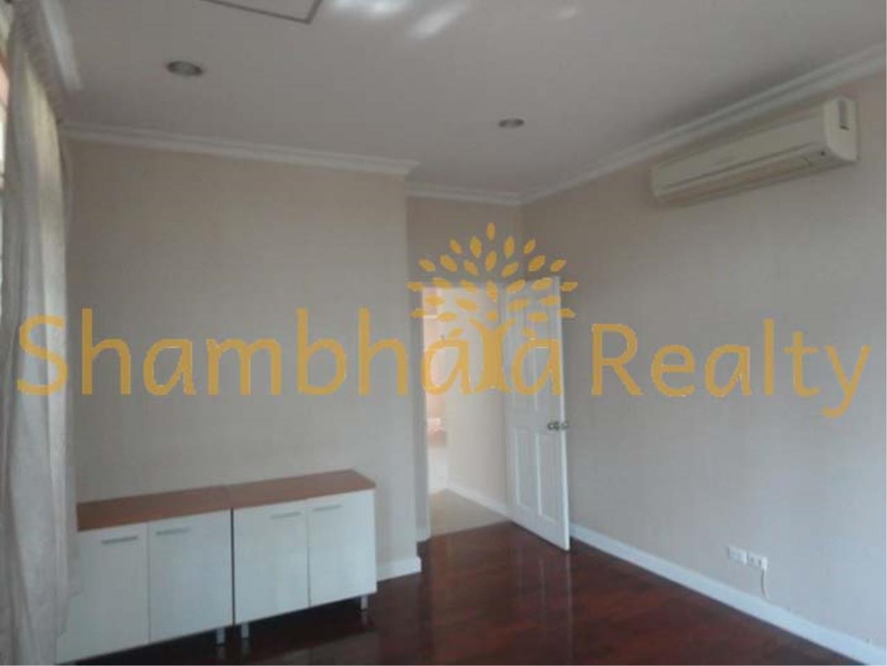 Shambhala Realty Agency's Narasiri Village  Condominium for Rent in Srinakarin Soi 20 or Pattanakarn Soi54 3