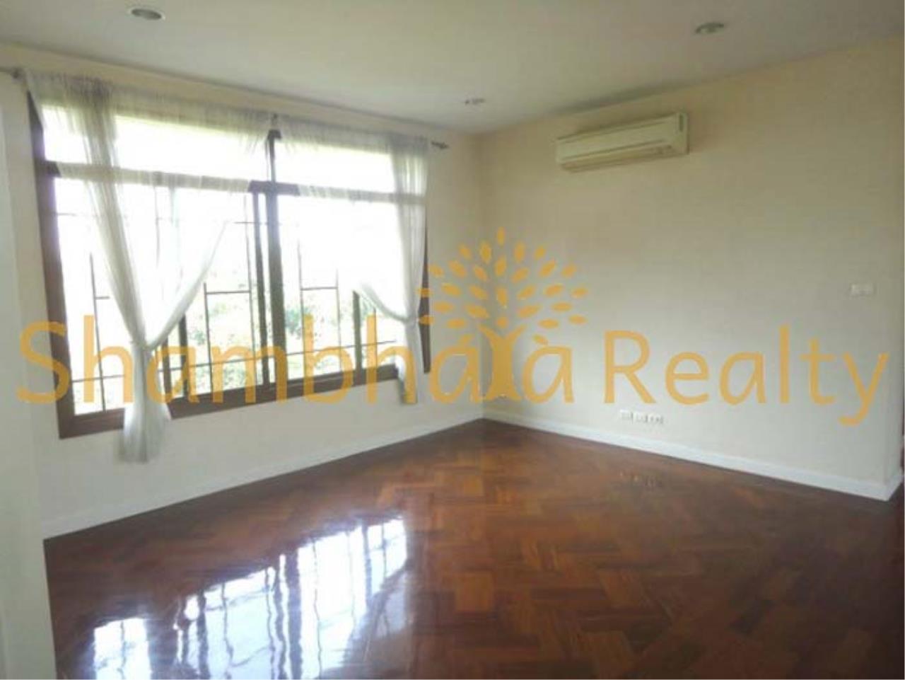 Shambhala Realty Agency's Narasiri Village  Condominium for Rent in Srinakarin Soi 20 or Pattanakarn Soi54 20