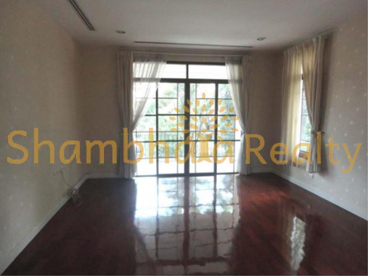 Shambhala Realty Agency's Narasiri Village  Condominium for Rent in Srinakarin Soi 20 or Pattanakarn Soi54 14