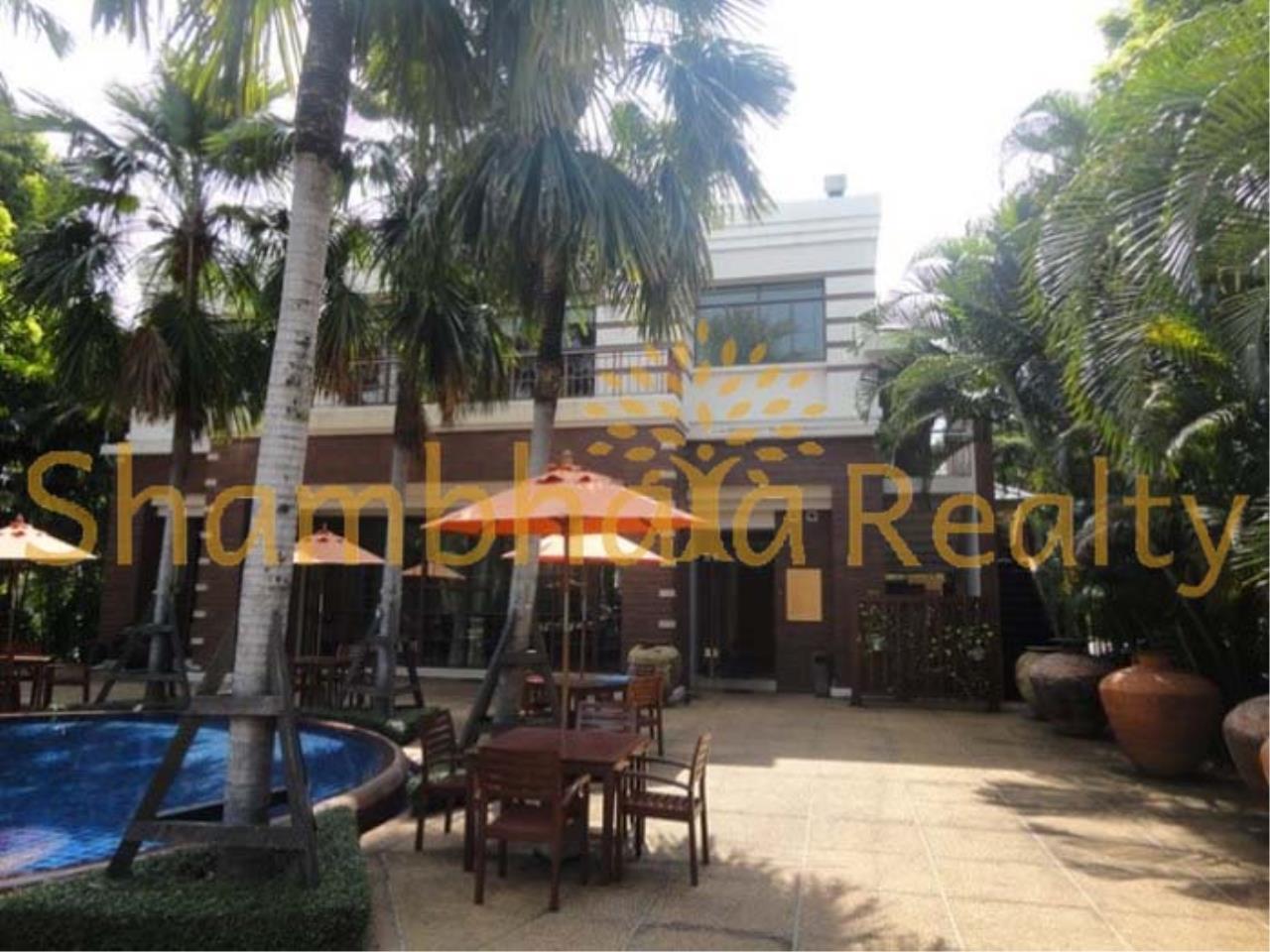 Shambhala Realty Agency's Narasiri Village  Condominium for Rent in Srinakarin Soi 20 or Pattanakarn Soi54 34