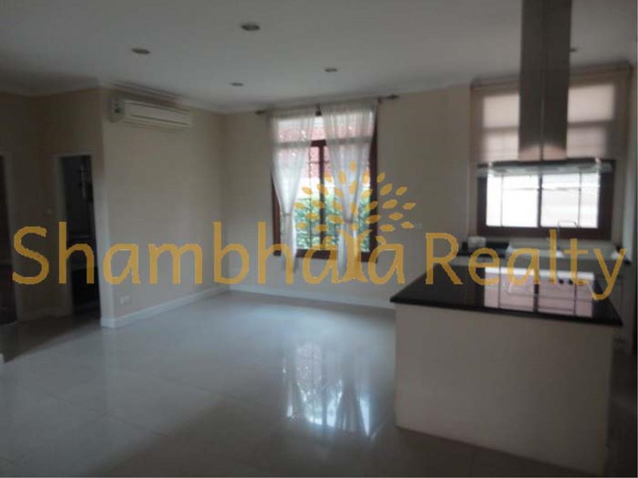 Shambhala Realty Agency's Narasiri Village  Condominium for Rent in Srinakarin Soi 20 or Pattanakarn Soi54 13