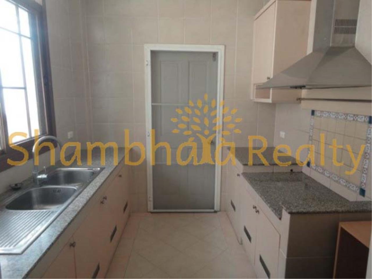 Shambhala Realty Agency's Narasiri Village  Condominium for Rent in Srinakarin Soi 20 or Pattanakarn Soi54 2
