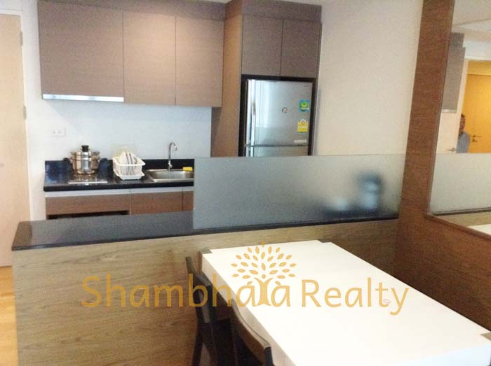 Shambhala Realty Agency's Condo For Rent: Issara @ 42, 2 Bed/2 bath with modern decoration 2