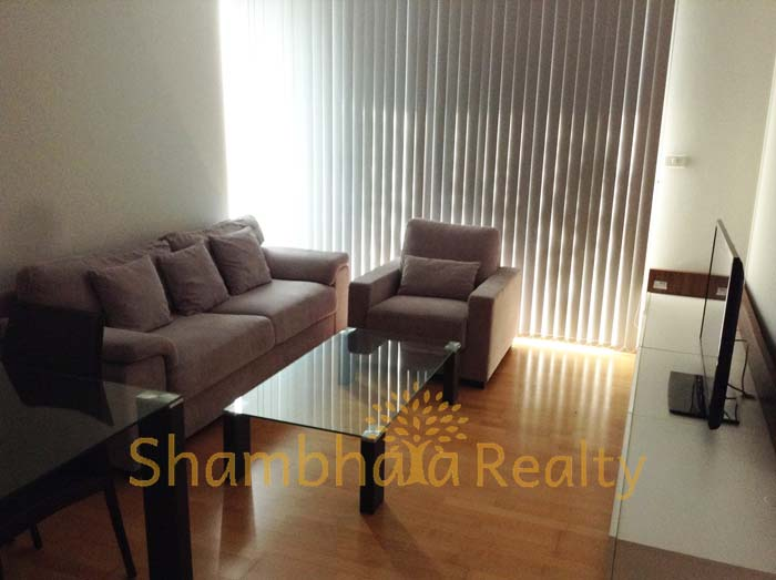 Shambhala Realty Agency's Condo For Rent: Issara @ 42, 2 Bed/2 bath with modern decoration 4