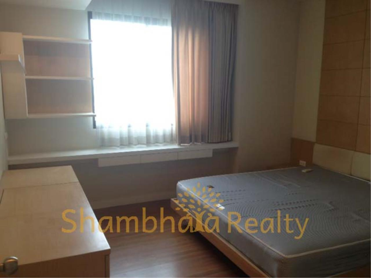 Shambhala Realty Agency's Supalai oriental Place Condominium for Rent in Suan Plu 8 4