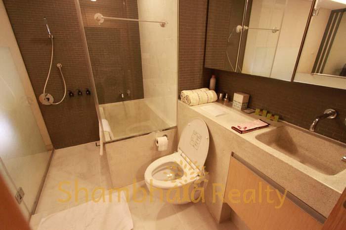 Shambhala Realty Agency's Siamese Gioia 1BR Condo at Sukhumvit 31 4