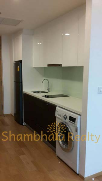 Shambhala Realty Agency's The Breeeze South Sathorn 1BR 5
