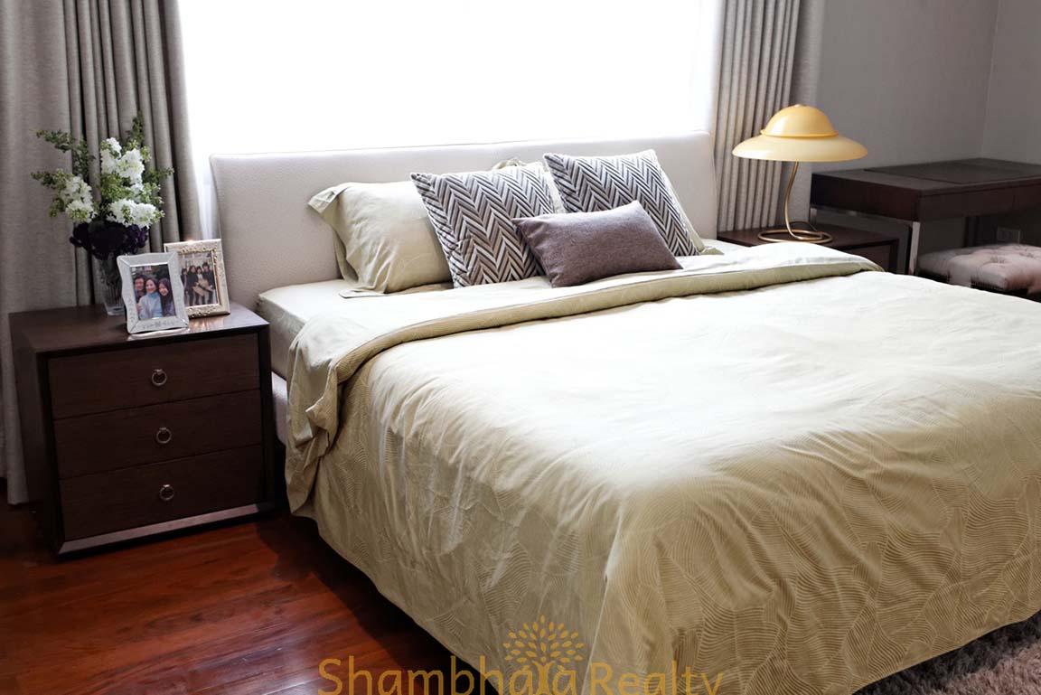 Shambhala Realty Agency's 4BR Levara Residence Luxury Duplex at Sukhumvit 24 5