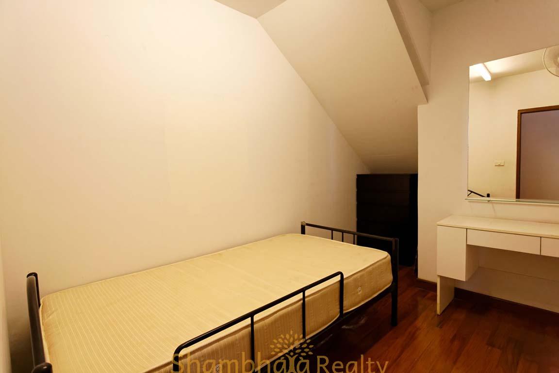 Shambhala Realty Agency's 4BR Levara Residence Luxury Duplex at Sukhumvit 24 14