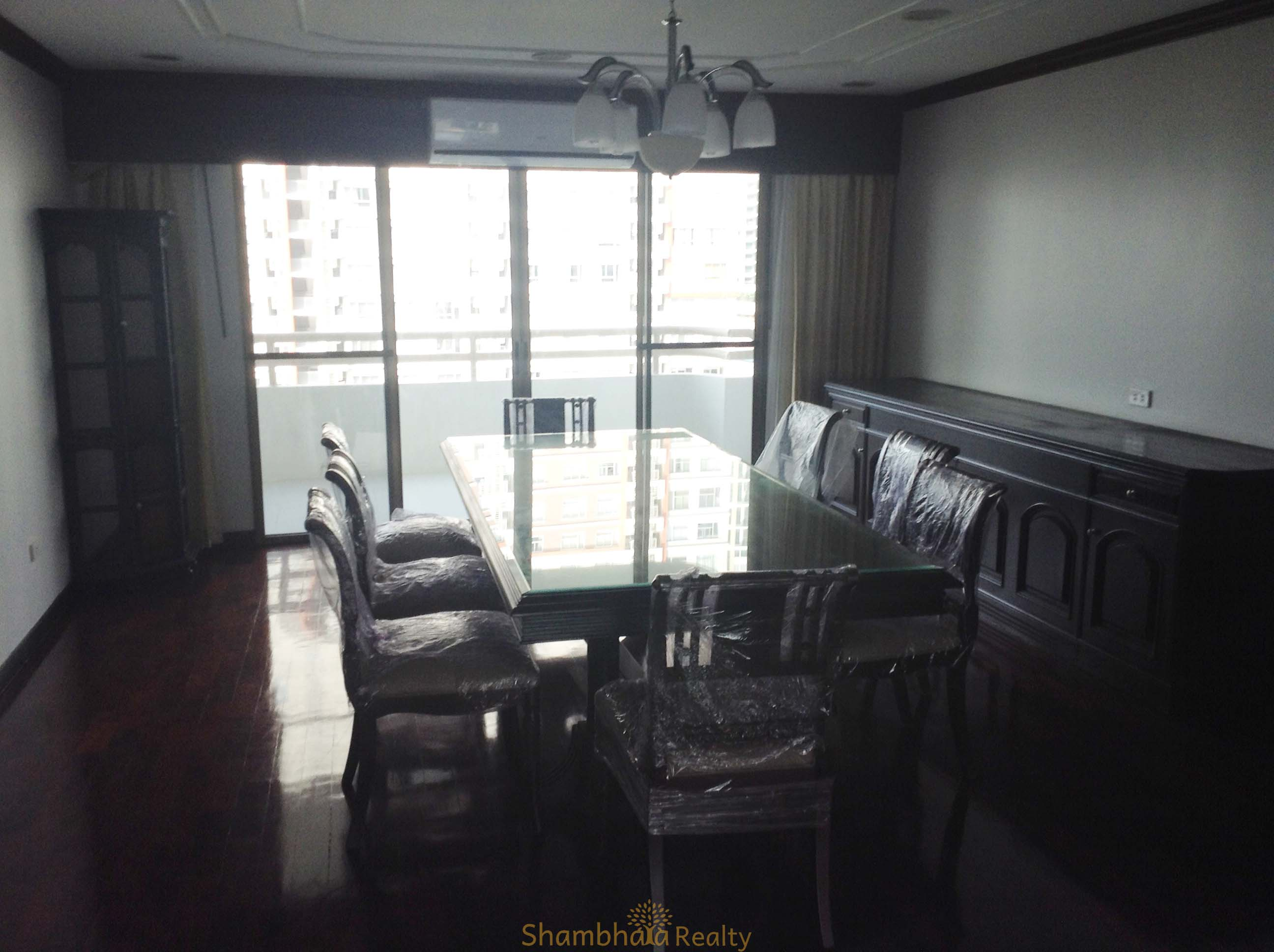 Shambhala Realty Agency's 3BR Condo Regent on The Park I Sukhumvit 26 5