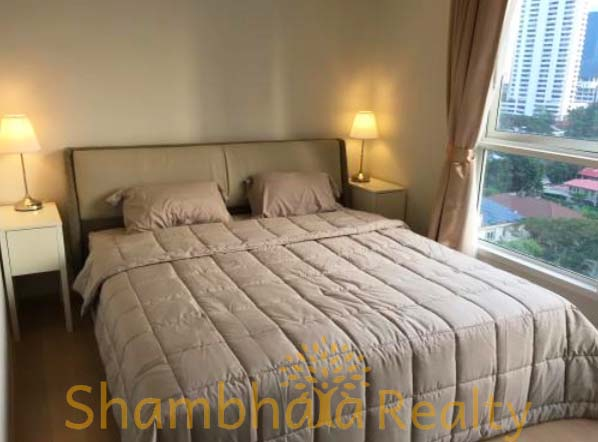 Shambhala Realty Agency's HQ at Thonglor 1BR Condo 1