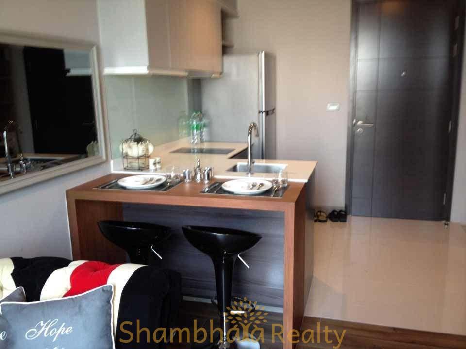 Shambhala Realty Agency's Condo For Rent: Ceil Ekkamai, 1BR 4