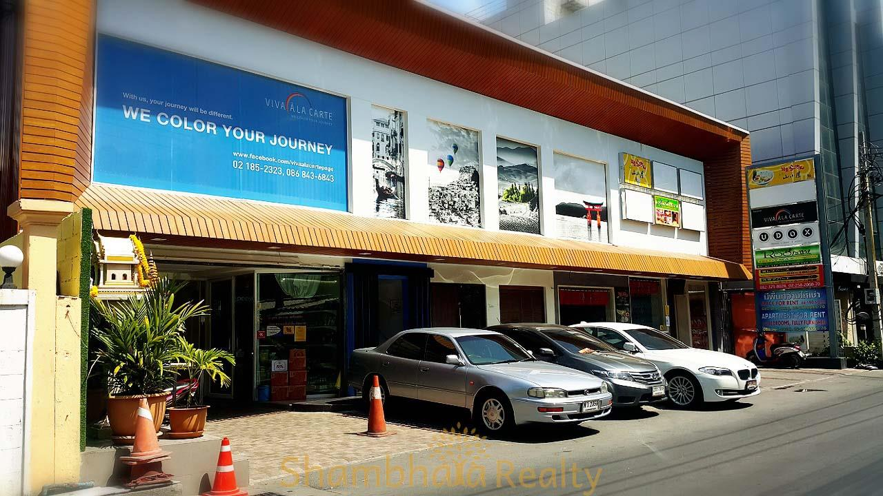 Shambhala Realty Agency's UR Thonglor Condominium for Rent in Thonglor 18