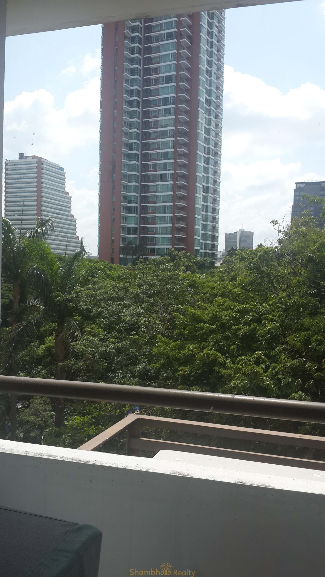 Shambhala Realty Agency's Condo One Thonglor Condominium for Sale in Sukhumvit 40 5