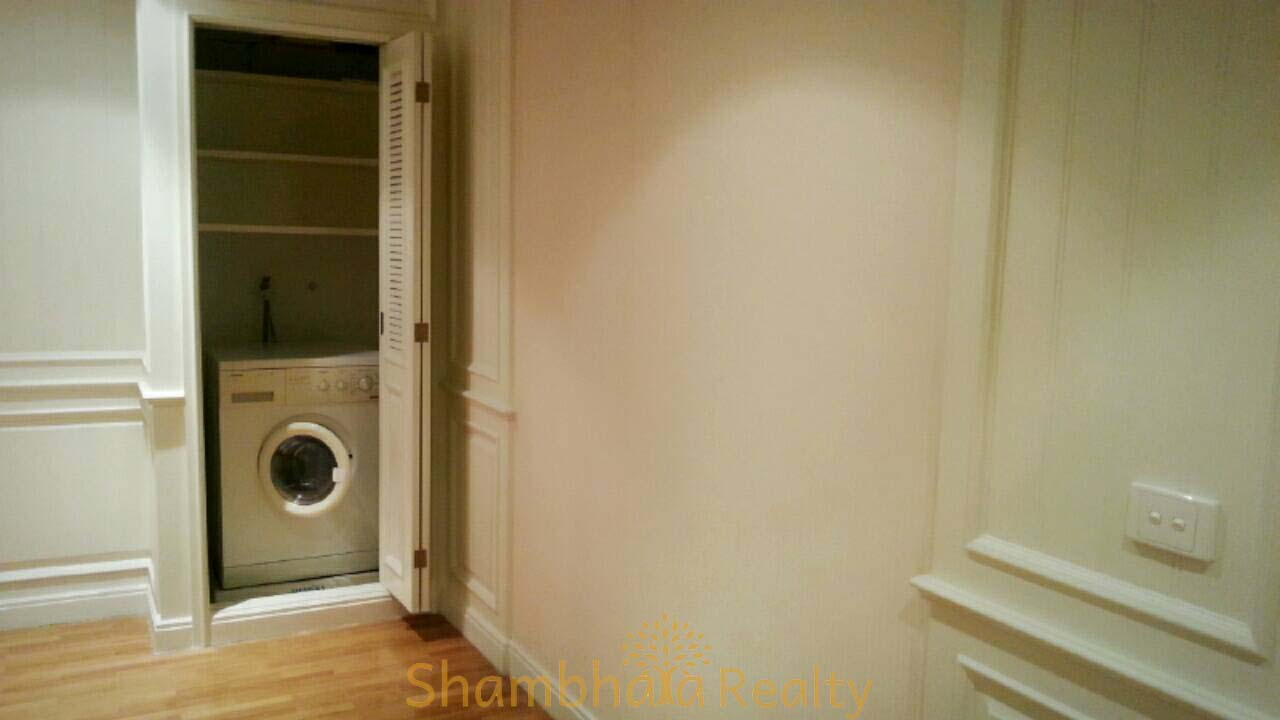 Shambhala Realty Agency's Langsuan Ville condominium 2 Bedrooms 2 Bathrooms 130 sq.m. 4