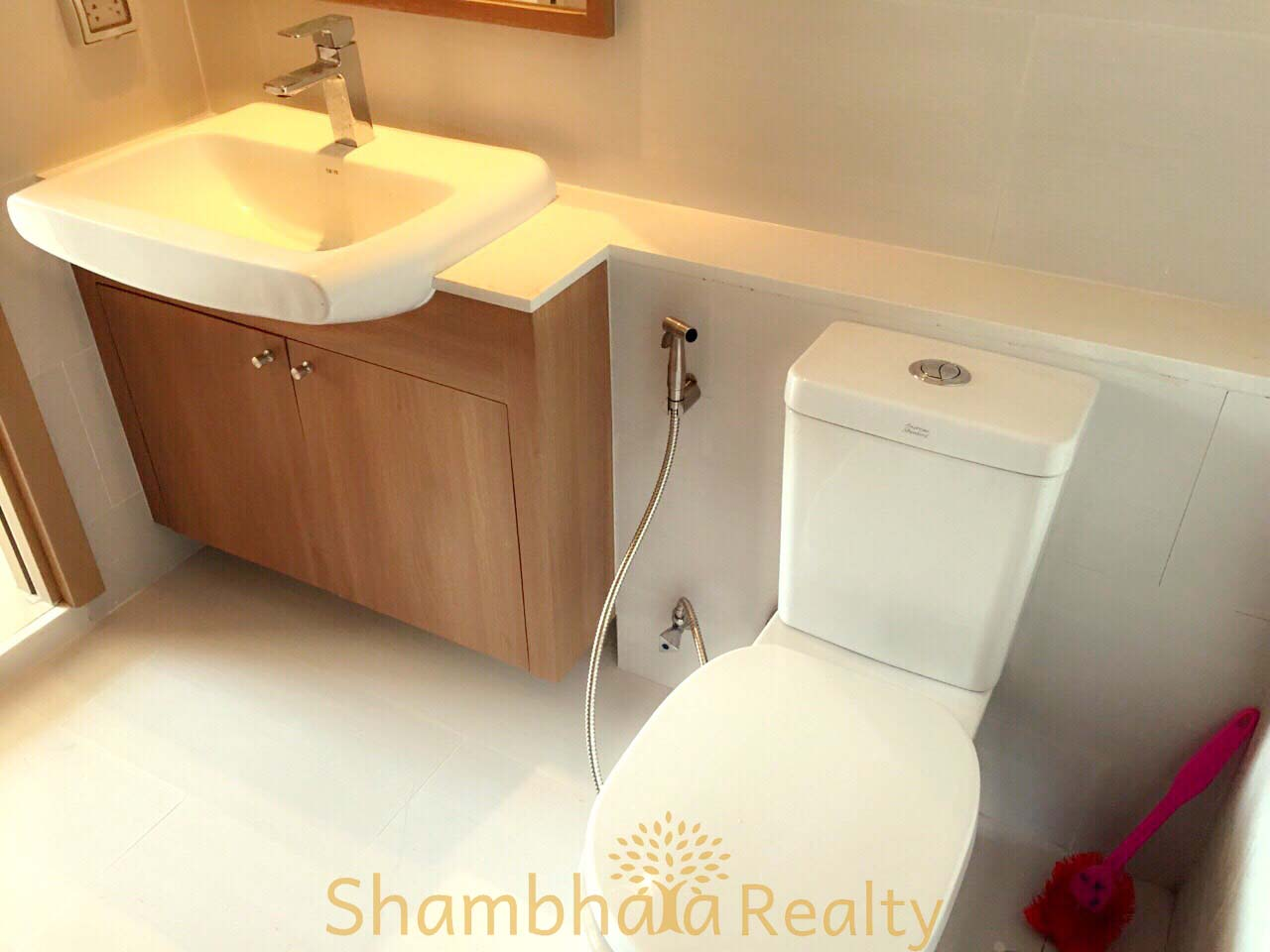 Shambhala Realty Agency's Watermark Condo at Charoen Nakorn Rd 8