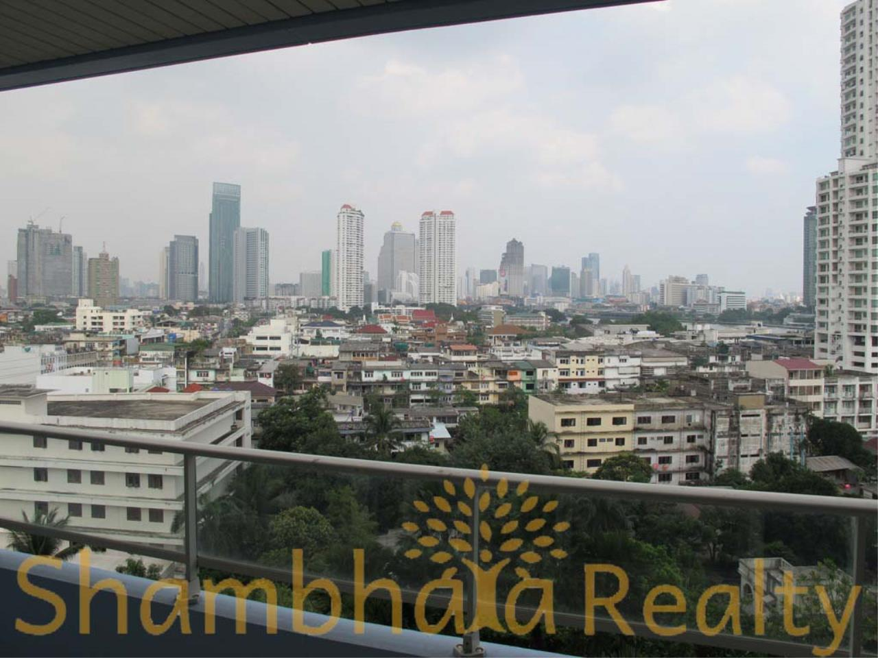 Shambhala Realty Agency's Watermark Chaophraya Condominium Condominium for Sale in Charoen Nakorn Rd 15