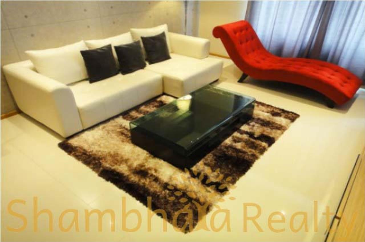 Shambhala Realty Agency's Emporio Place Condominium for Rent in Sukhumvit 24 3