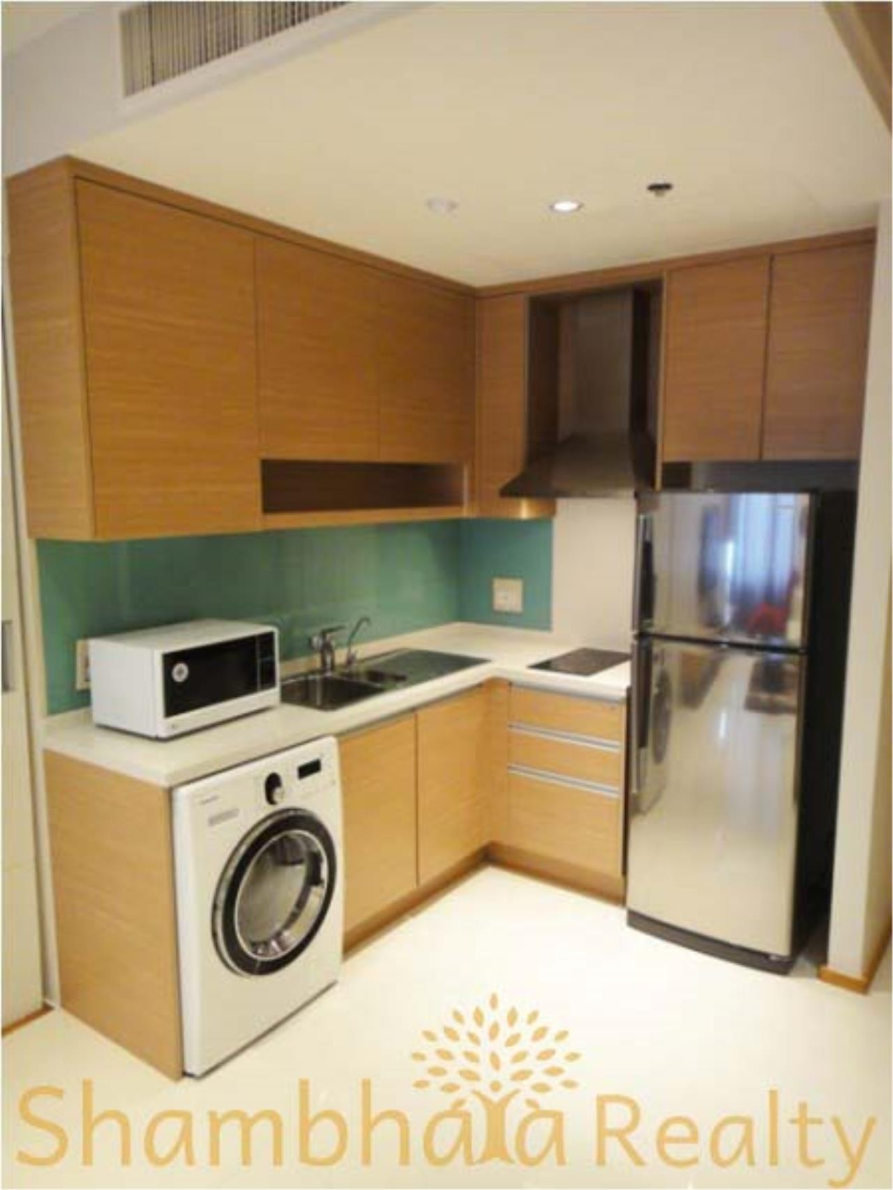 Shambhala Realty Agency's Emporio Place Condominium for Rent in Sukhumvit 24 1