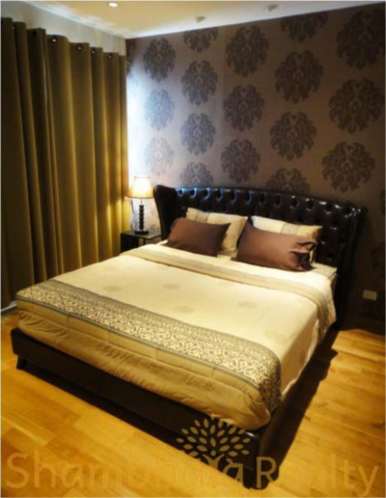 Shambhala Realty Agency's Emporio Place Condominium for Rent in Sukhumvit 24 2