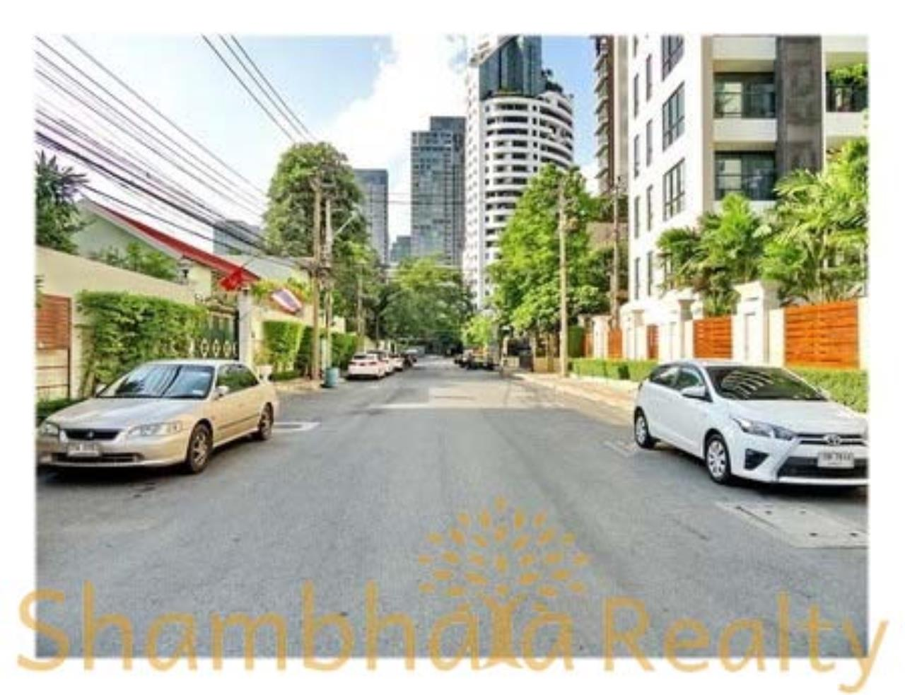 Shambhala Realty Agency's 59 Heritage Condominium for Sale in Sukhumvit 59 2