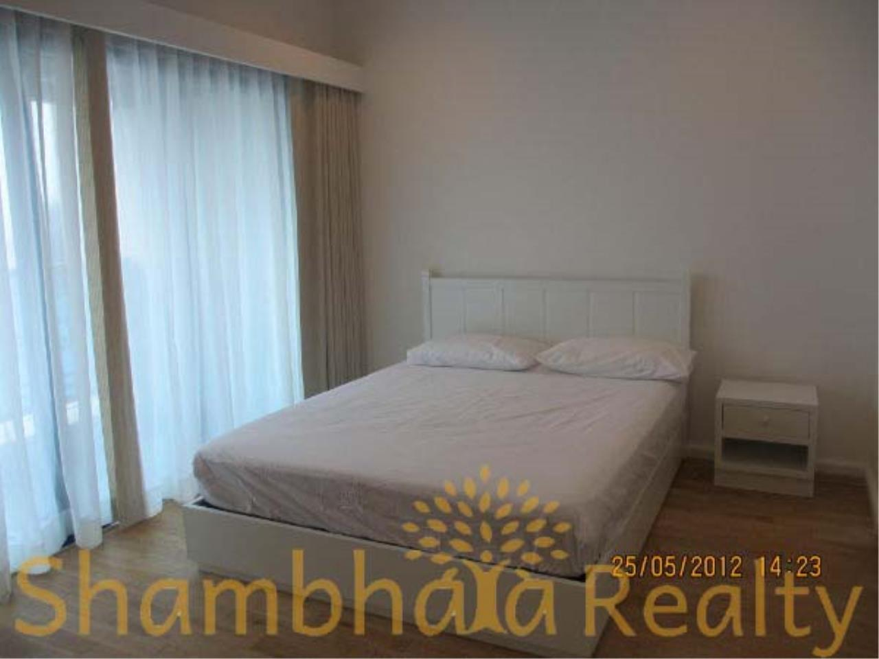 Shambhala Realty Agency's Royal Maneeya Condominium for Sale in Chidlom 5