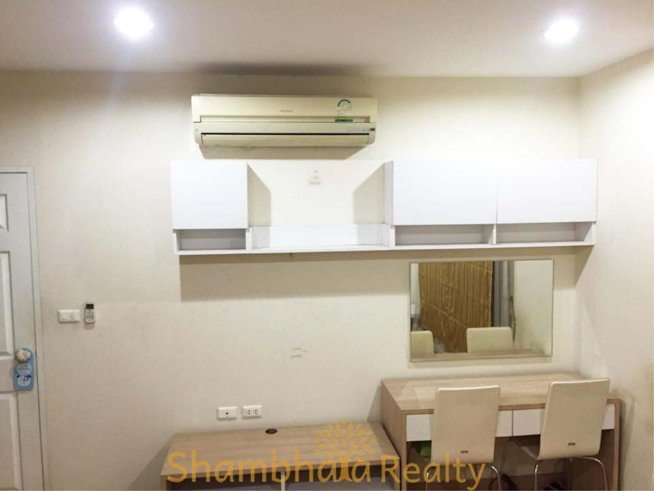 Shambhala Realty Agency's Life @ Phahon 18 Condominium for Sale in Phahonyothin 18 1