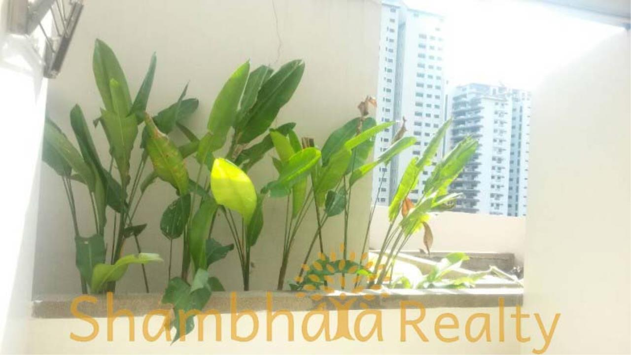 Shambhala Realty Agency's Grand Park View Condominium for Rent in Sukhumvit 21 8