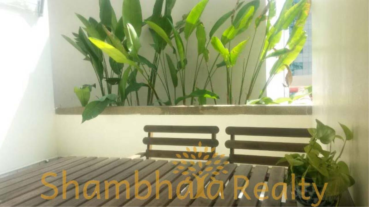 Shambhala Realty Agency's Grand Park View Condominium for Rent in Sukhumvit 21 1