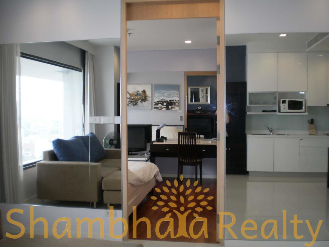 Shambhala Realty Agency's Amanta Lumpini Condominium for Rent in Rama4 Road, 100 m From MRT KlongTaei 4