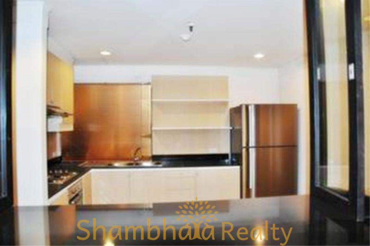 Shambhala Realty Agency's Asok Place Condominium for Rent in Sukhumvit 21 5