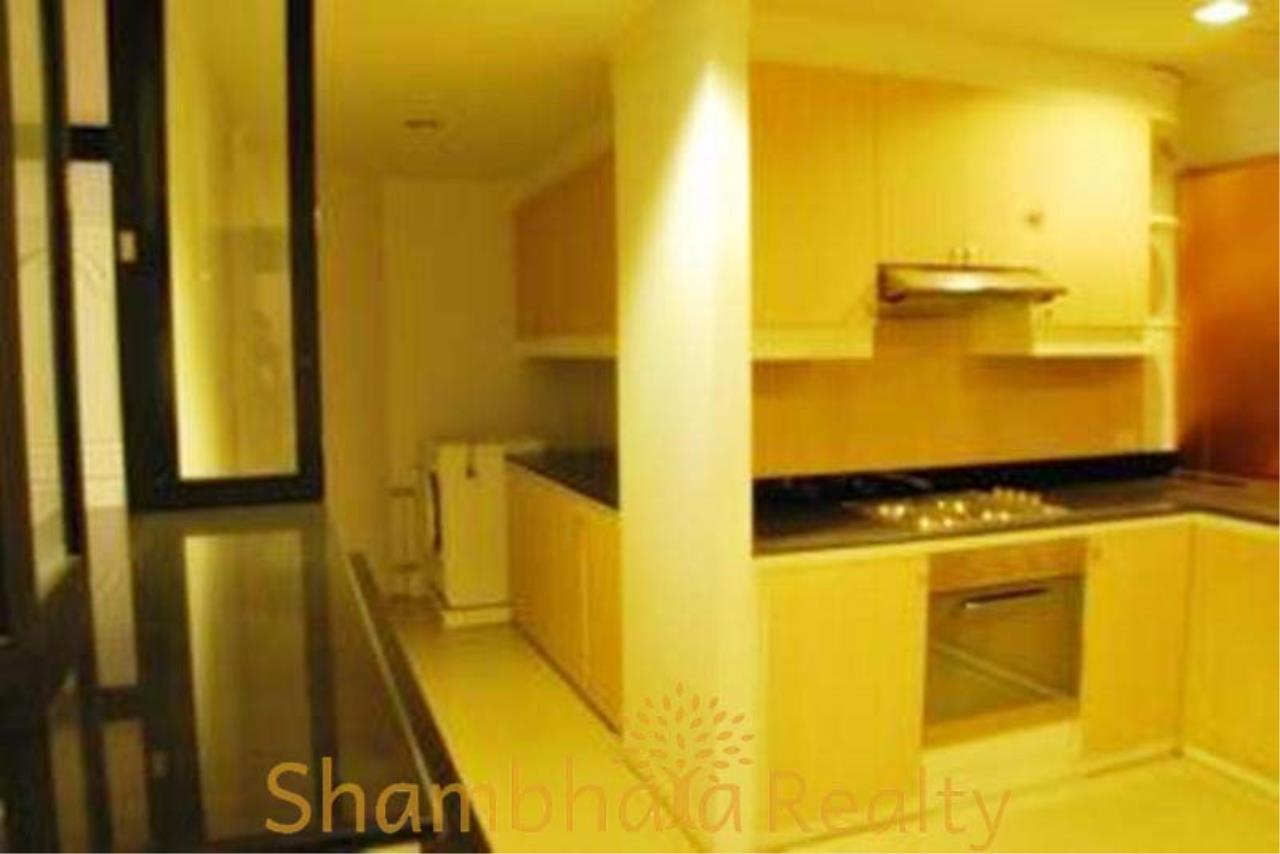 Shambhala Realty Agency's Asok Place Condominium for Rent in Sukhumvit 21 9