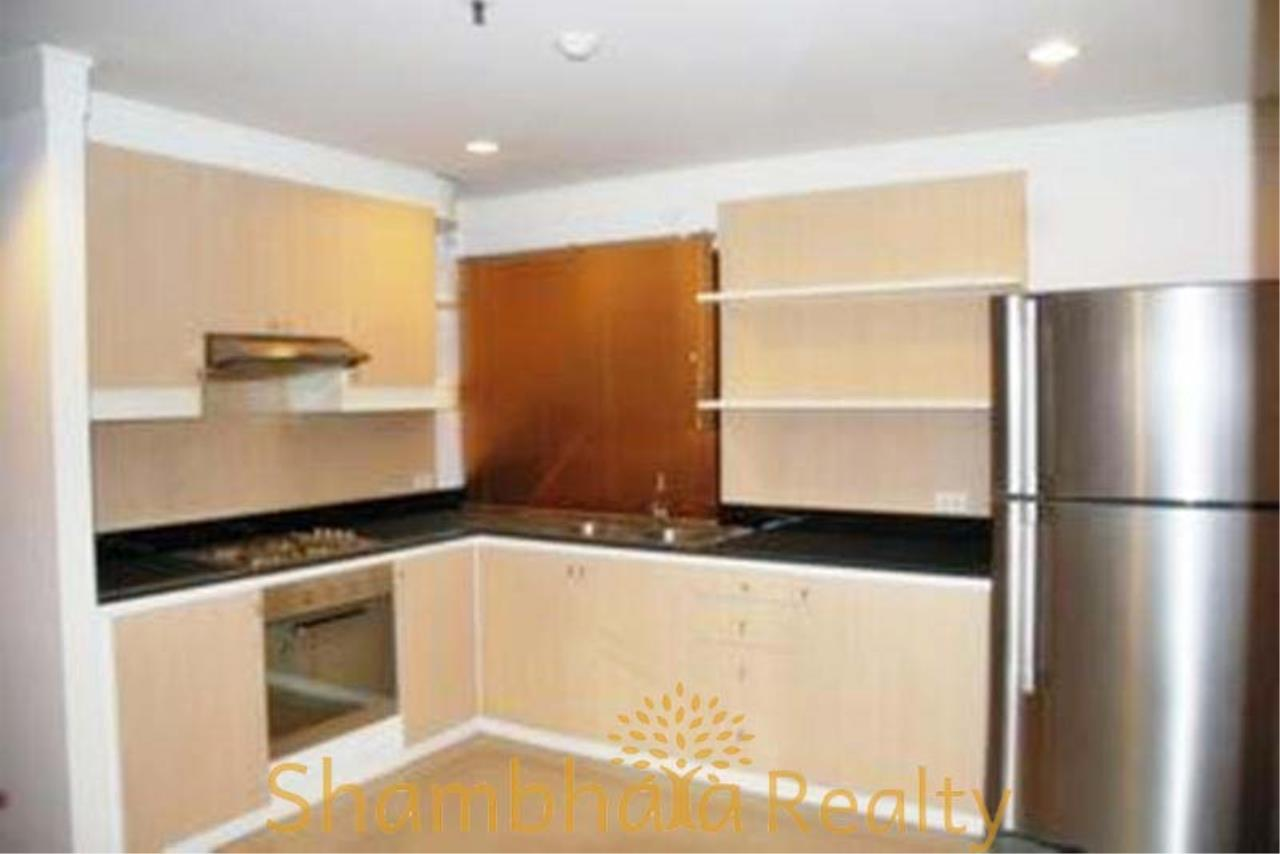 Shambhala Realty Agency's Asok Place Condominium for Rent in Sukhumvit 21 4