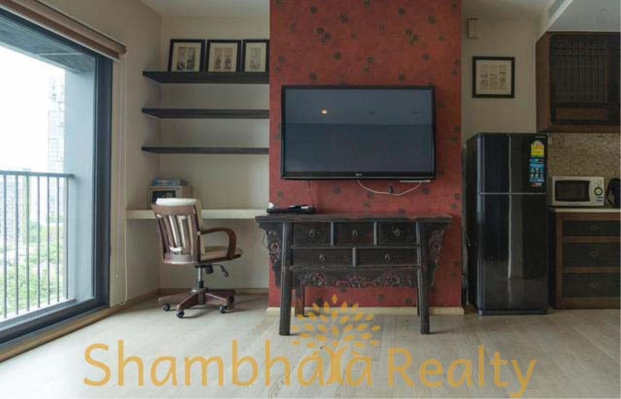 Shambhala Realty Agency's Noble Remix Condominium for Sale/Rent in Sukhumvit 36 9