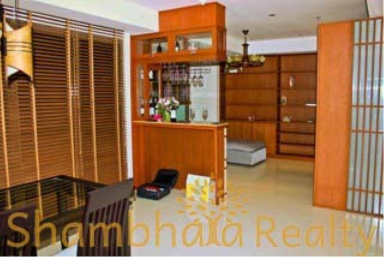 Shambhala Realty Agency's The Emporio Place Condominium for Rent in Sukhumvit 24 24
