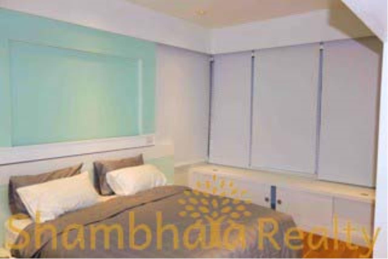 Shambhala Realty Agency's The Emporio Place Condominium for Rent in Sukhumvit 24 27