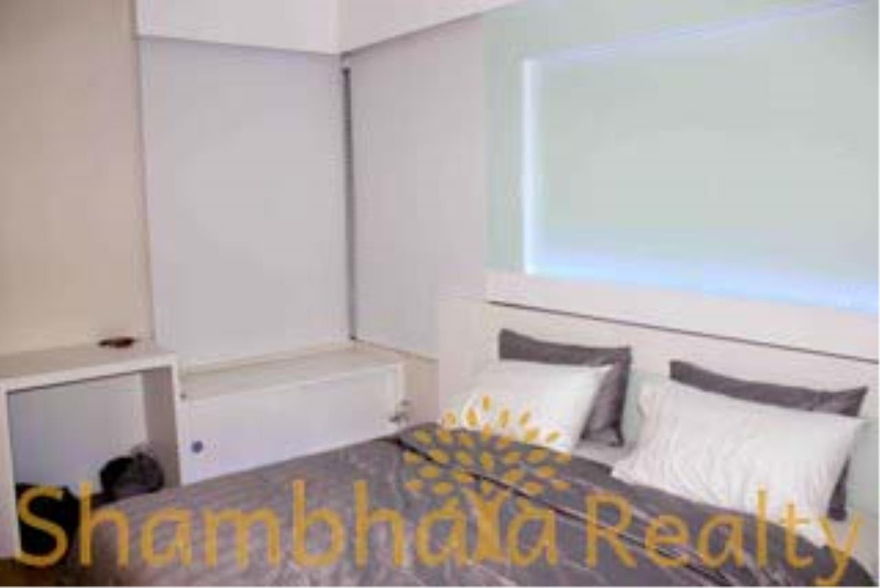 Shambhala Realty Agency's The Emporio Place Condominium for Rent in Sukhumvit 24 44