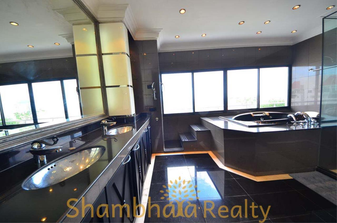 Shambhala Realty Agency's Saichol Mansion Penthouse 360° Panoramic View of the Chao Praya River Condominium for Sale/Rent 26