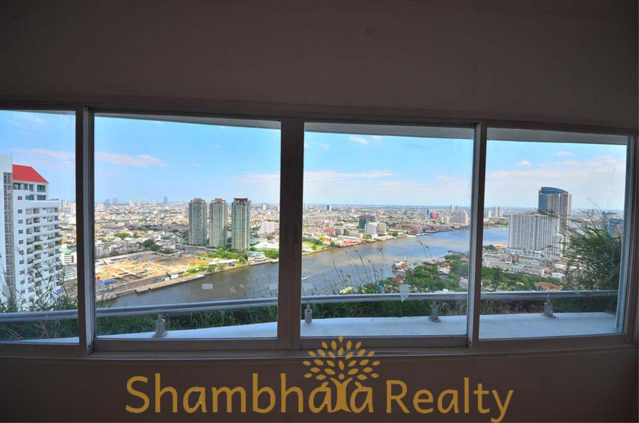 Shambhala Realty Agency's Saichol Mansion Penthouse 360° Panoramic View of the Chao Praya River Condominium for Sale/Rent 1
