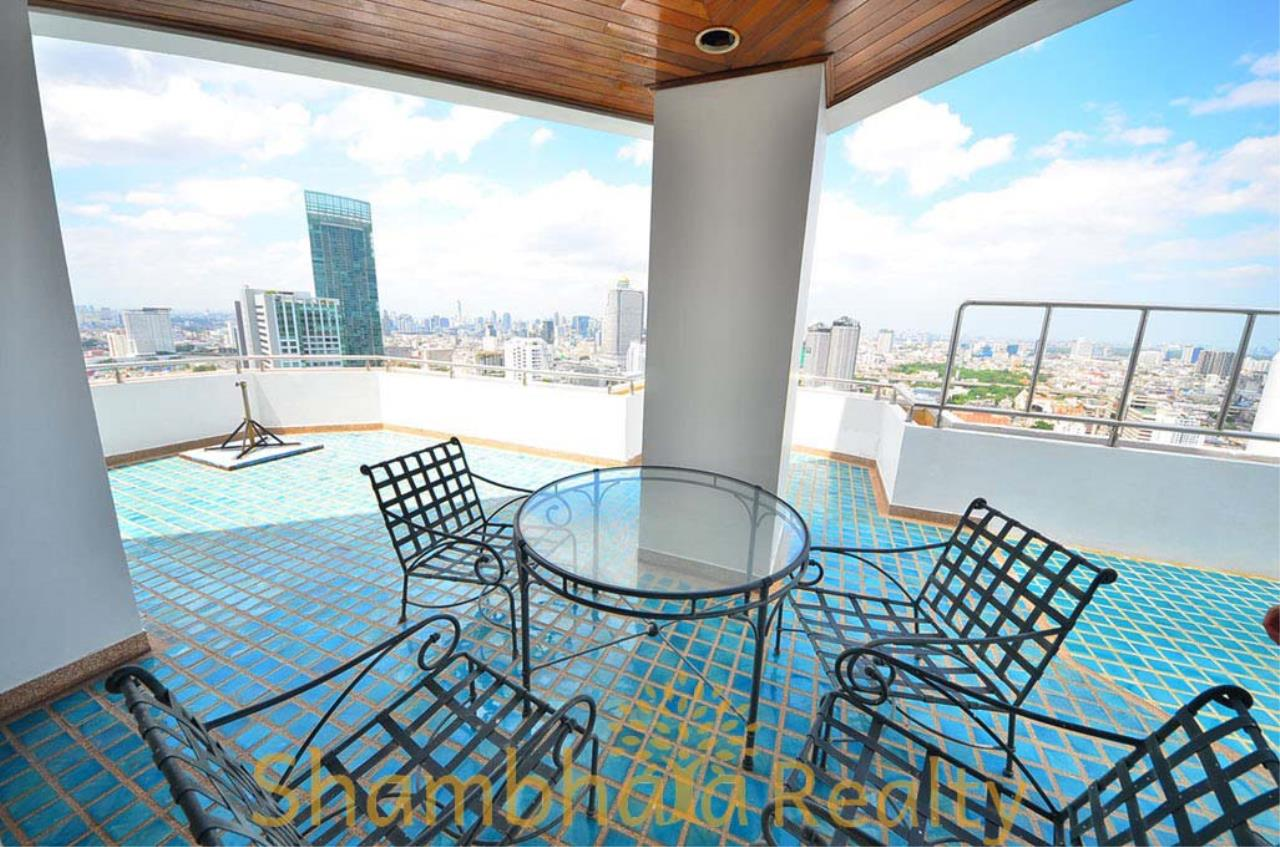 Shambhala Realty Agency's Saichol Mansion Penthouse 360° Panoramic View of the Chao Praya River Condominium for Sale/Rent 10