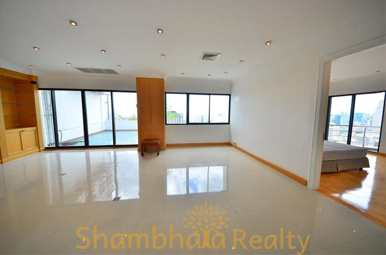 Shambhala Realty Agency's Saichol Mansion Penthouse 360° Panoramic View of the Chao Praya River Condominium for Sale/Rent 7