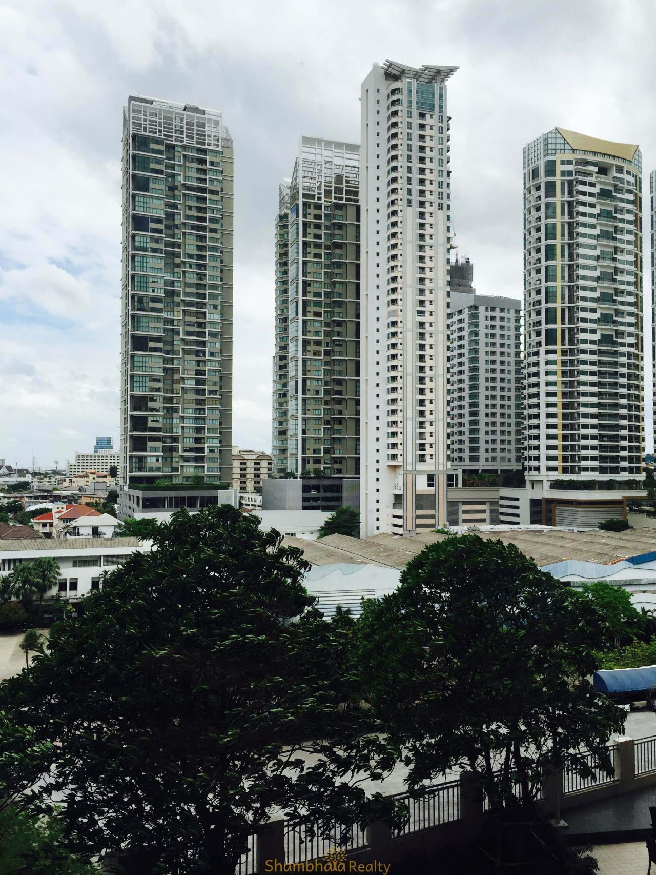 Shambhala Realty Agency's Condo One X Sukhumvit 26 Condominium for Rent in Sukhumvit 26 3