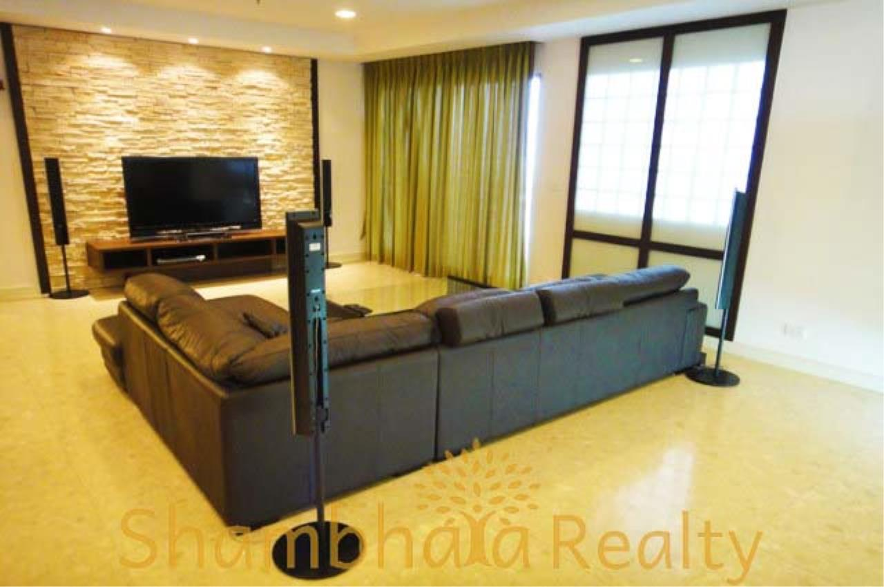 Shambhala Realty Agency's Nusasiri Grand Condominium for Rent in Ekkamai 5