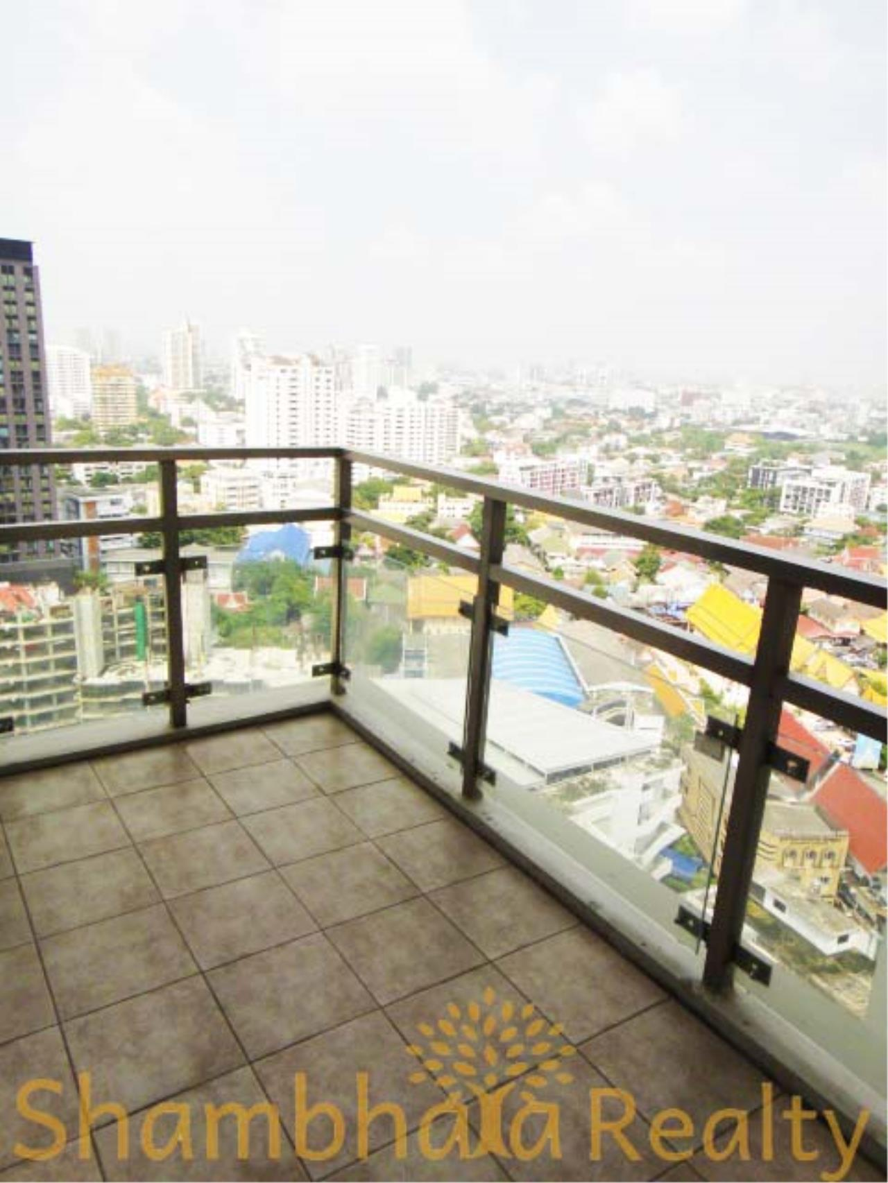 Shambhala Realty Agency's Nusasiri Grand Condominium for Rent in Ekkamai 3