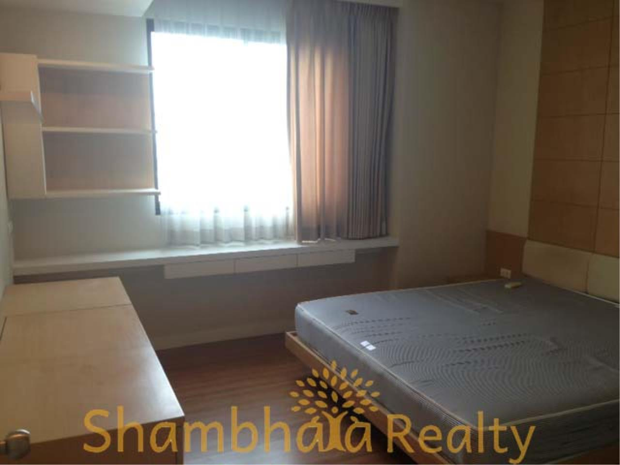 Shambhala Realty Agency's Supalai Oriental Place Condominium for Rent in Soi Suan Plu 8 5