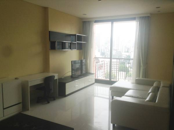 Shambhala Realty Agency's Condo For Rent: Aguston Sukhumvit 22 2