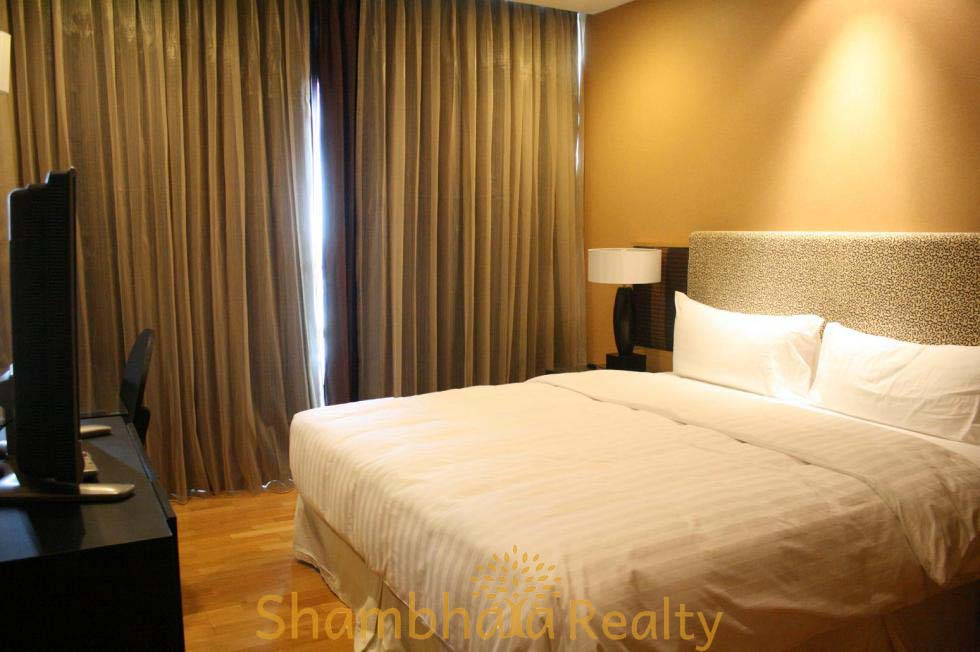 Shambhala Realty Agency's Urbana Sathorn For Rent 2