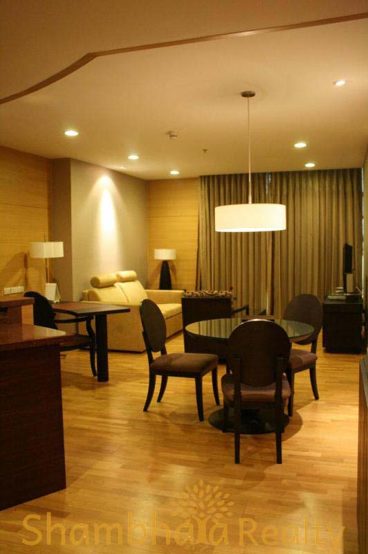 Shambhala Realty Agency's Urbana Sathorn For Rent 4