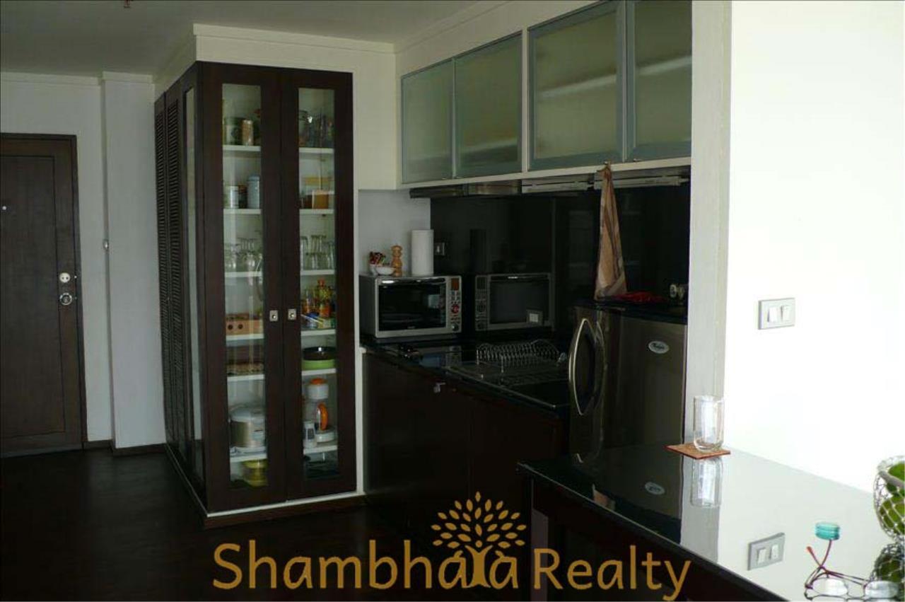 Shambhala Realty Agency's Silom Suite Condominium for Rent in Soi Sathorn 10, Surasak 3